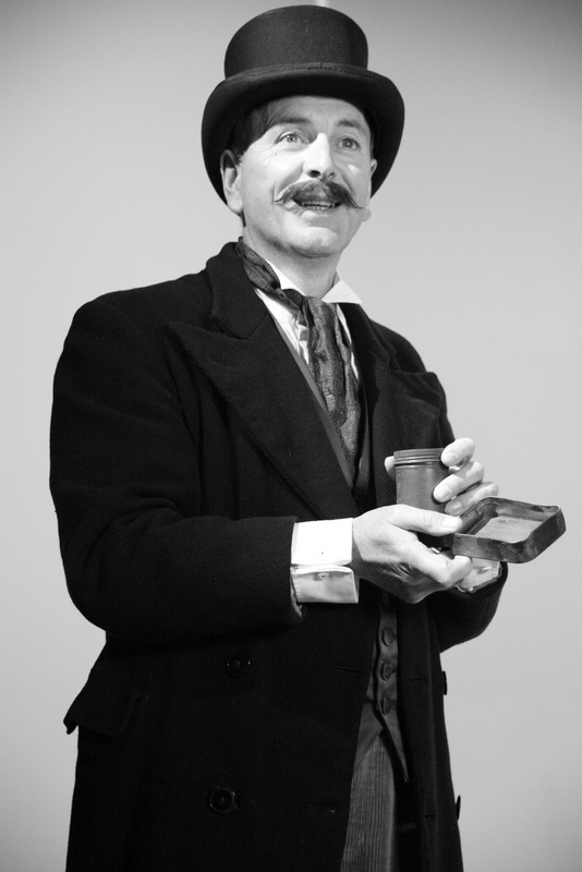 Tom Mcveigh as Dyer